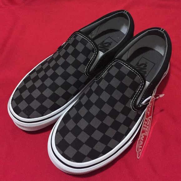 6eacd4b7fc2676 NWT  VANS Classic Slip-On Classic Slip-On (Checkerboard) Black Pewter  Womens 6 (Mens 4.5) UNWORN