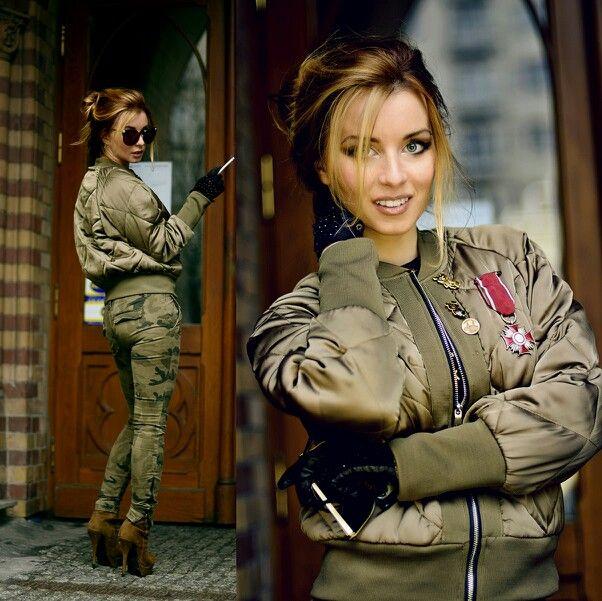 #militarystyle #fashionblogger #zara #streetstyle #ootd  http://hypnotizingfashion.blogspot.com