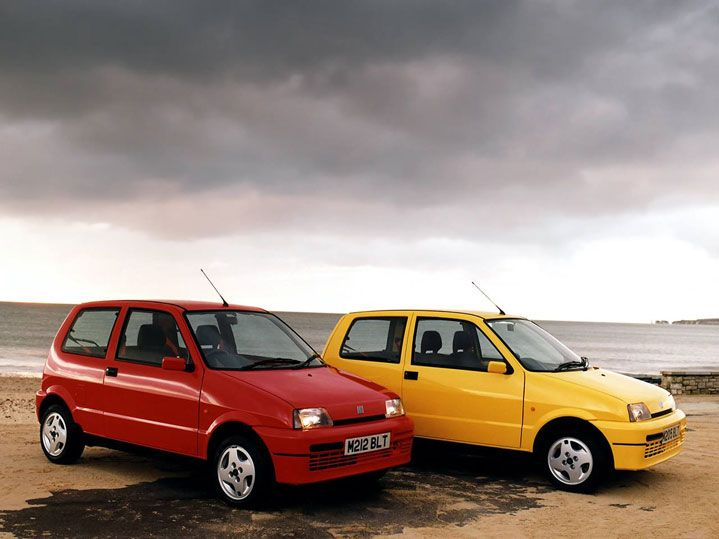 Fiat Cinquecento Sporting. We  used to have these cars in these colors! Haha