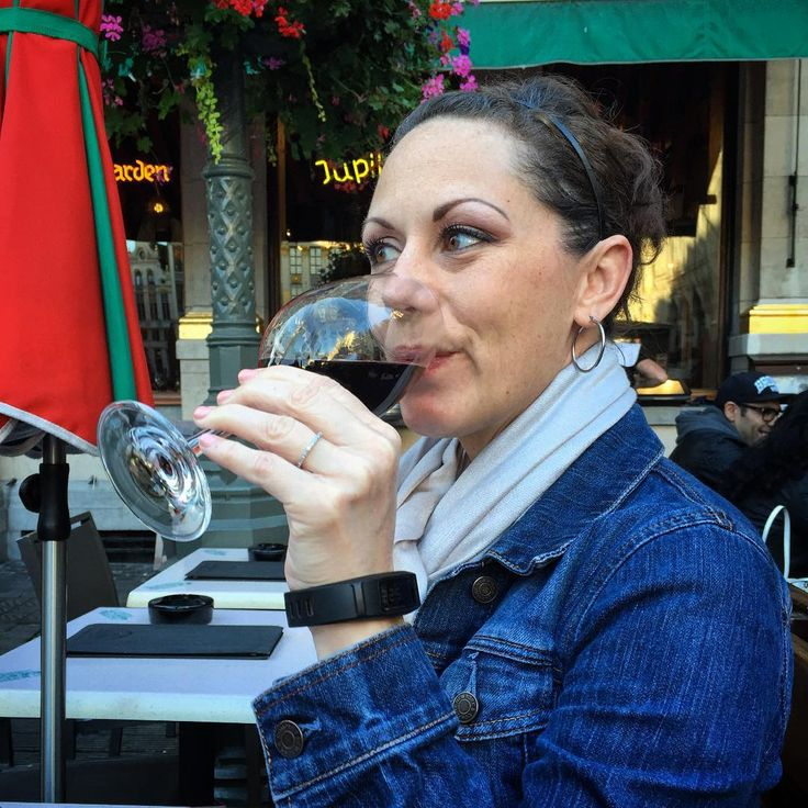 A moment of bliss captured by my husband this summer at Le Roy D'Espagne in Grand Place Brussels. #travel #wanderlust #travelblogger #travelblog #explore #seetheworld #travelphotgraphy #traveladdict #travelgram #traveler #lovetotravel #traveldiary #brussels #belgium #grandplacebrussels #bruxelles #roydespagne #wine #meatballs #summervacation #houstonblogger #wine #winelover #vino #wineblogger #wineoclock #winestagram #redwine