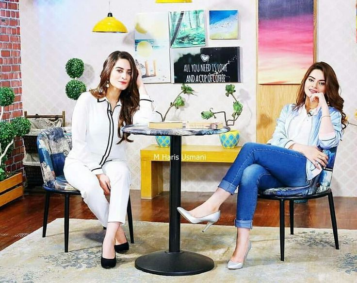 "Minal Khan and Aiman Khan in the Morning Show ""Jago Pakistan Jago"". #Beautiful #LovelySisters #MinalKhan #AimanKhan #JagoPakistanJago #PakistaniActresses #PakistaniCelebrities  ✨"