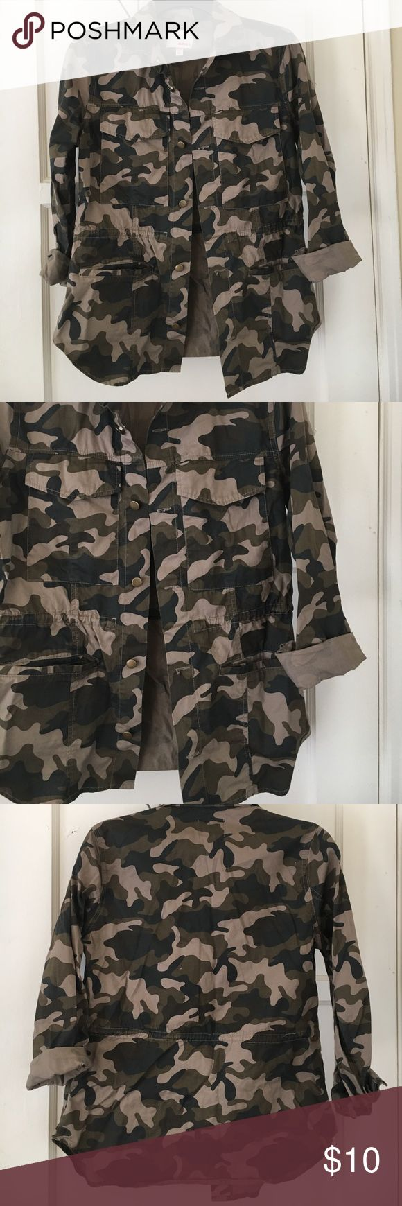 Combat jacket ❤ Worn once , super cute . Sleeves can be worn up or down *not free people Free People Jackets & Coats Utility Jackets