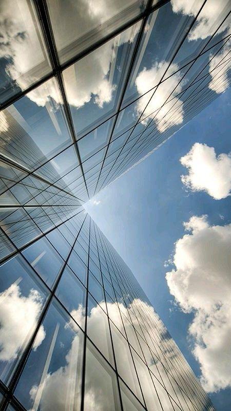 Sky or buildings?