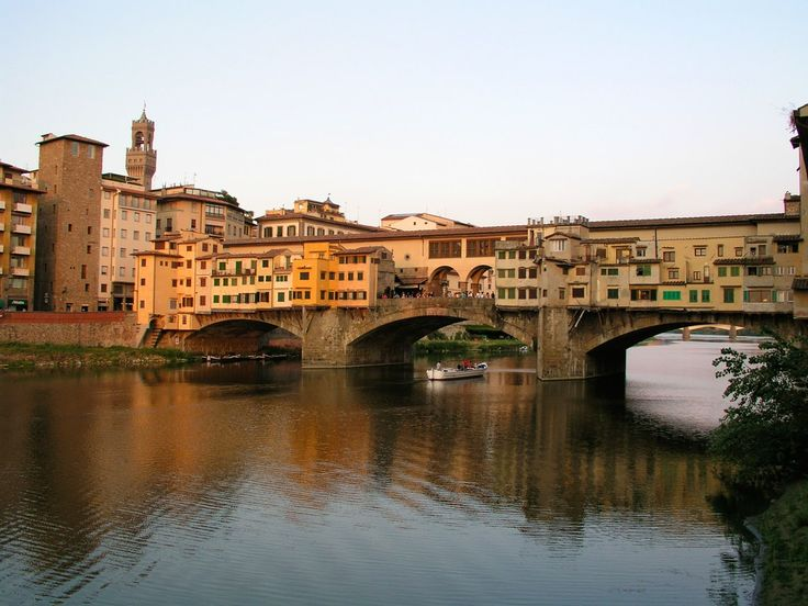 Visit Florence in 2 Days: Itinerary on What to See in Two Days in Florence, Italy  ✈✈✈ Here is your chance to win a Free International Roundtrip Ticket to Florence, Italy from anywhere in the world **GIVEAWAY** ✈✈✈ https://thedecisionmoment.com/free-roundtrip-tickets-to-europe-italy-florence/