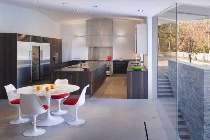 Difficult Run Residence : Modern kitchen by Robert Gurney Architect