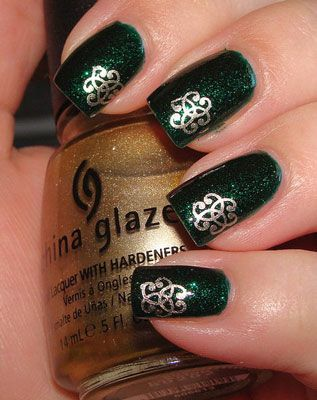 St. Patrick's Day idea. Love! got to get some of these nail things.