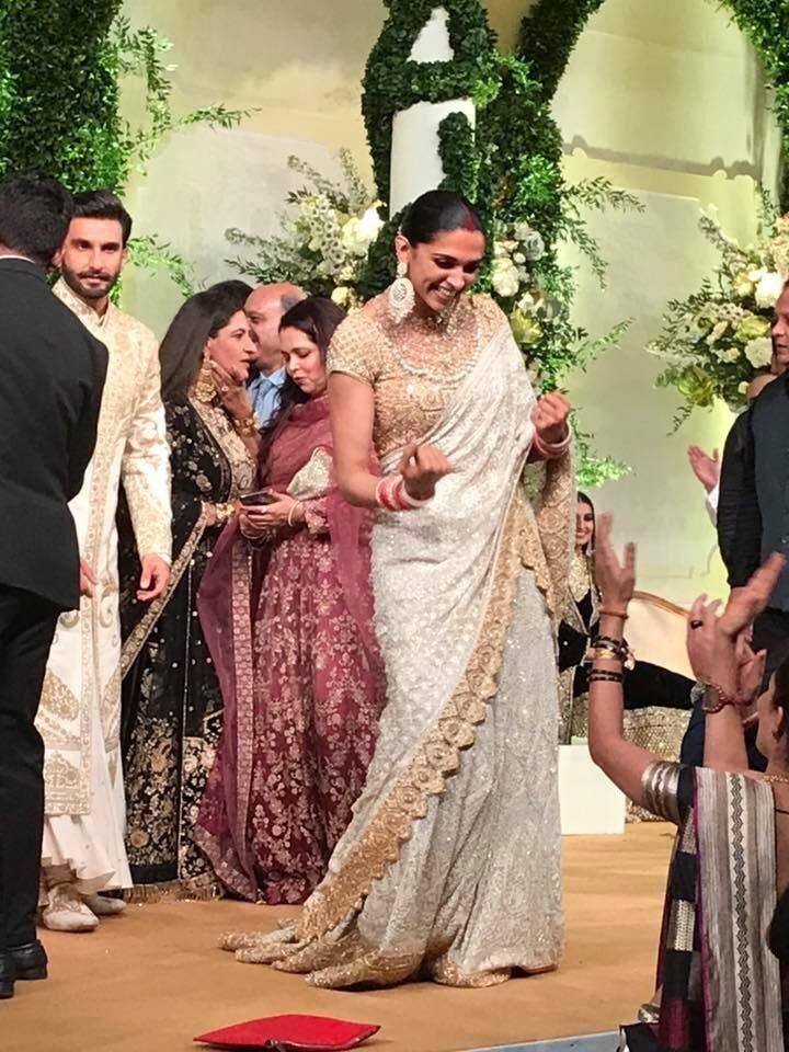 All The Pictures Videos From Deepika Padukone Ranveer Singh S Wedd Wedbook In 2020 Deepika Padukone Style Deepika Padukone Deepika Padukone Hair