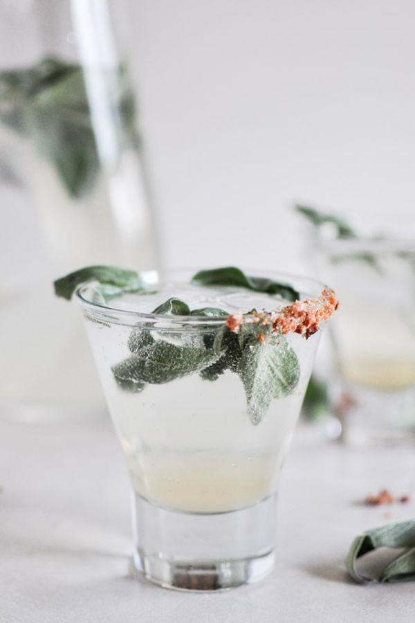 these champagne cocktails will make your holiday party perfect! via @Refinery29
