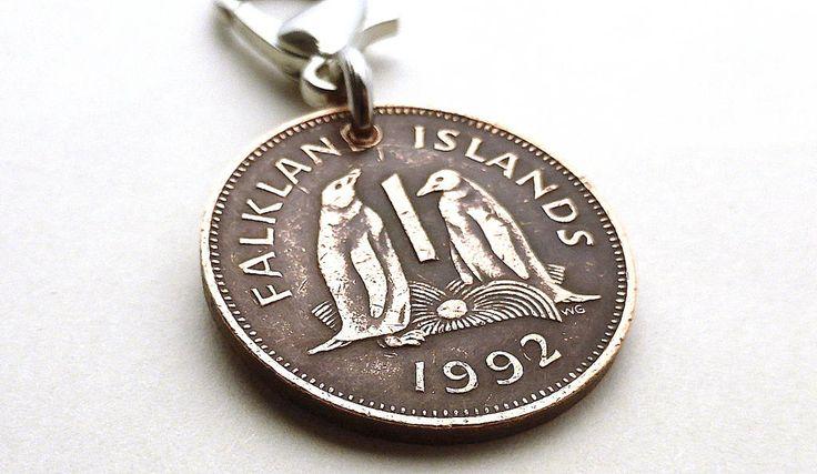Falkland Islands, Zipper charm, Penguin charm, Gentoo Penguin, Zipper pull, Handbag charm, UK, Accessory, Penguin jewelry, Bird charm, 1992 by CoinStories on Etsy