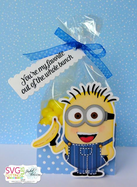 One In a Minion Blog Hop-using Decorative Edge Box For Gusset Bags