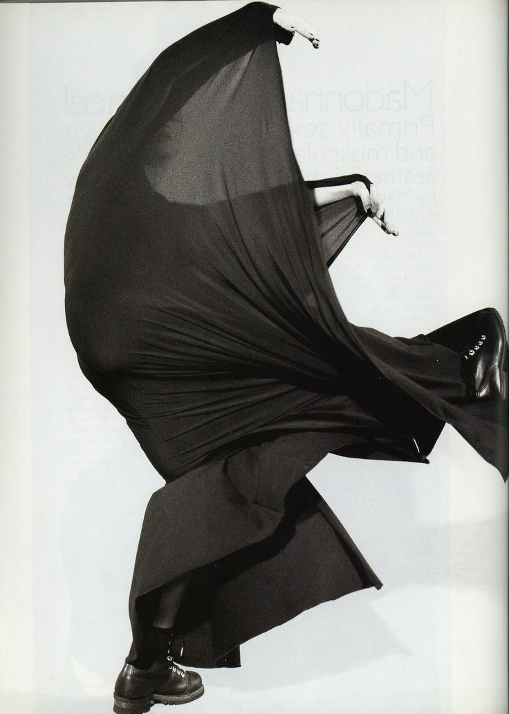 madonna by peter lindbergh for harper's bazaar may 1994; inspired by martha graham.