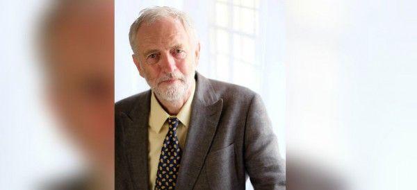 Jeremy Corby, cabeza de la oposición en el Parlamento del Reino Unido, envió una carta expresando su 'profunda preocupación' sobre la situación de los derechos humanos en México.
