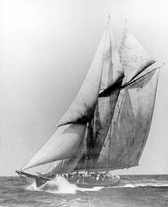"""""""Shirley C."""" (sail)"""