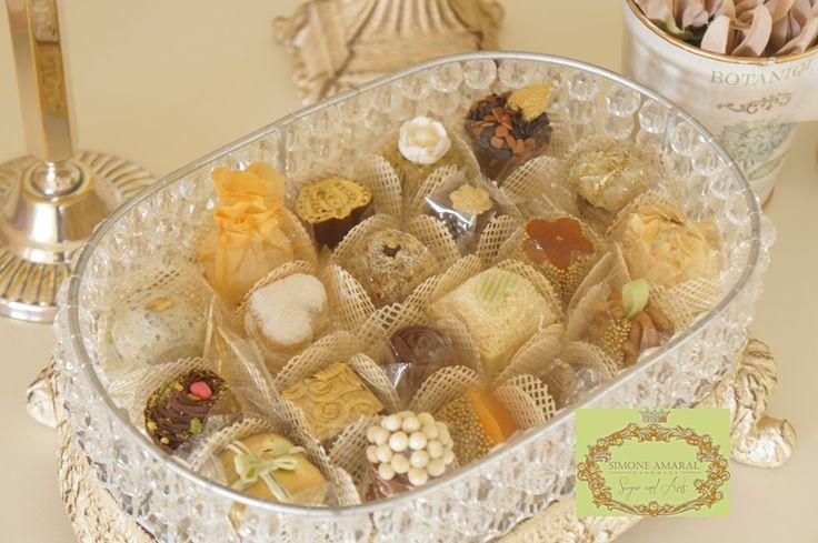 78 best docinhos modelados images on pinterest descendants cake doces para casamentos 15 anos aniversrios bodas chs de luxo www fandeluxe Image collections