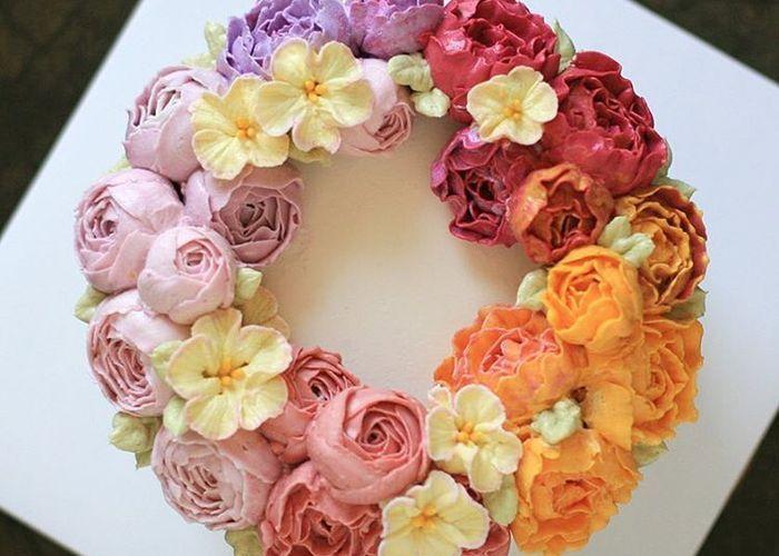 もはや本物のお花にしか見えません♡バタークリームで作る≪フラワーケーキ≫の美しさに感動*のトップ画像