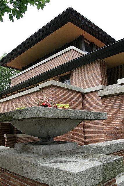 Frederick C. Robie House. Prairie Style. Frank Lloyd Wright. Hyde Park, Chicago IL 1909