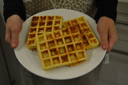 Waffles recipe via http://thesoundofdreaming.com