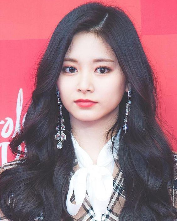 Top 10 Prettiest And Beautiful Kpop Female Idols 2019 Tzuyu Twice Kpop Girl Groups Kpop Girls