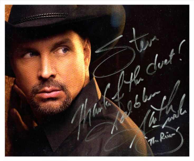 """Garth Brooks invited Steve Richards to perform a duet with him on stage! """" The River """" in Vegas October, 2010 ! Steve brought the house down !! There was a roaring standing ovation from the audience and a hug from Garth !!"""