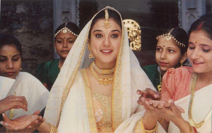 Uyire Movie Stills Uyire Movie Stills Preity Zinta Sister Poses Bollywood Wedding