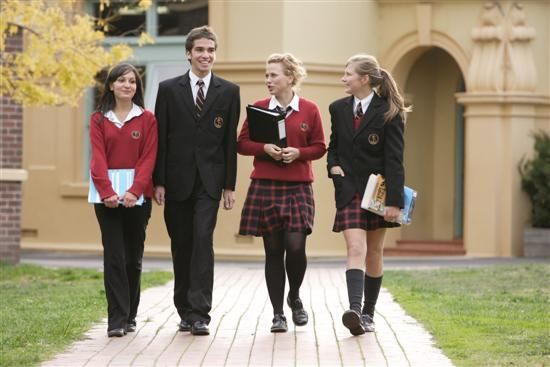 Daily Life. In Australia schooling is much different than in the U.S. In Australia you only have to go to school from age 6-15. In school, uniforms are required for all students. In the U.S it is different.