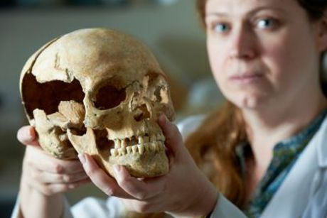 Construction workers believe they have found the skull of William Wallace - hero of Scotland!
