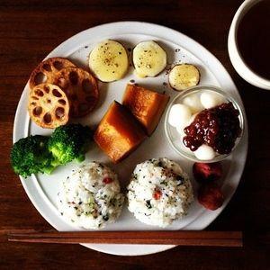 日本人のごはん/お弁当 Japanese food 白玉のおやつ付き(^T^;)