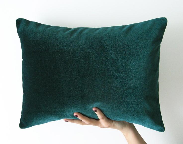 Emerald Green Velvet Decorative Pillow 40x30cm
