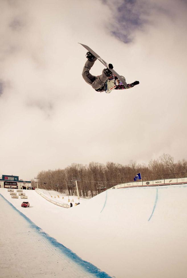 Elena Hight @ Burton US Open  #halfpipewinner #snowboarding #fortheladies  photo:Burton Snowboards