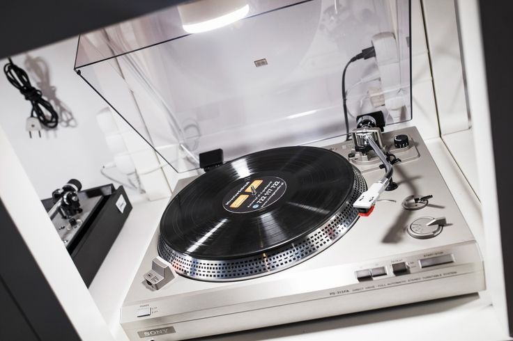 Sony PS-313FA Turntable Vintage Vintage Audio Shop 3 Maja 19 Katowice Poland www.audio-vintage.com www.vintageaudio.pl Mobile: +48722117722 Mirek +48607611300 Lukas #VintageAudio #Audio #Vintage #turntable #phono #vinyl #records #music #hifi #hifiaudio #highend #highfidelity #reeltoreel #audiopassion