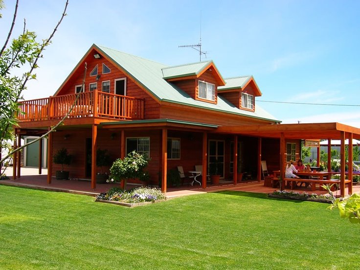 17 best images about red cedar homes on pinterest home for Western home builders