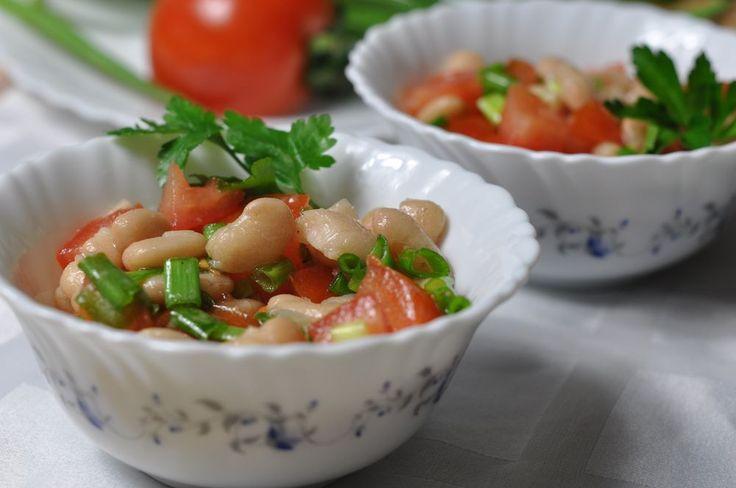 Салат из консервированной стручковой фасоли
