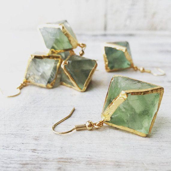 Vert Fluorite pierres précieuses boucles d'oreilles par LalaBoho