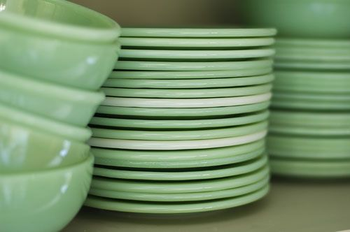 I just love jadeite. It reminds me of my Gram mixing up yummy dinners and talking with me in her kitchen.