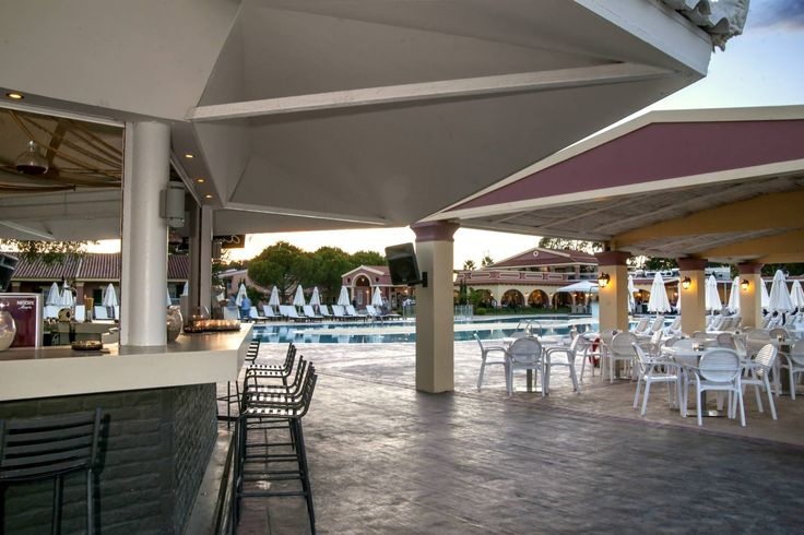 Just let go at #AmmosPool bar in #CapoDiCorfu with a refreshing drink or coffee in your hand, with your only troubling thought being whether to jump into the pool or the sea!