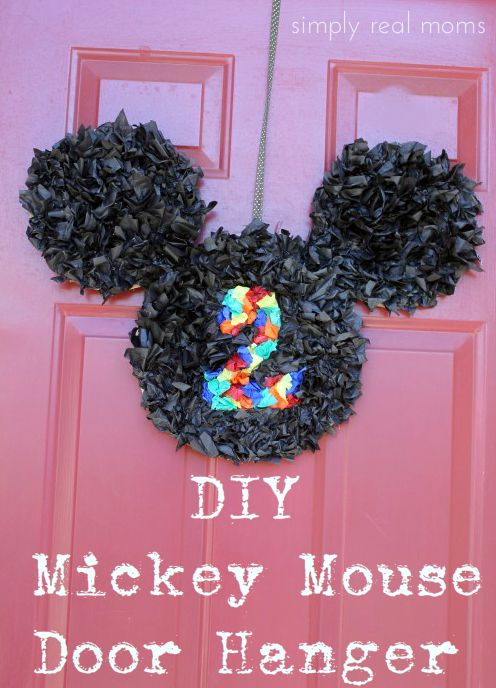 DIY Mickey Mouse Door Hanger
