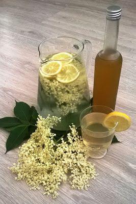 Medový sirup s citrónem a bezovými květy