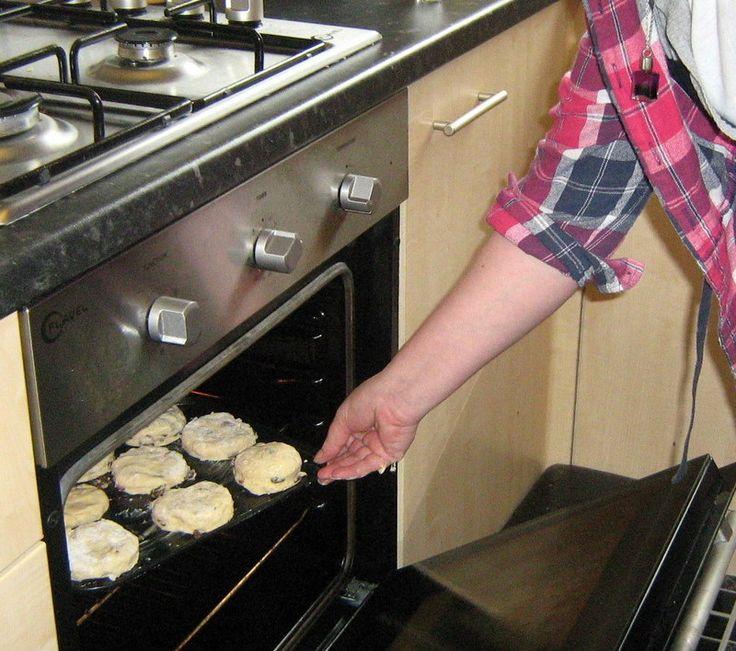 Best Irish Coddle and Soda Bread Recipes | Easy Scones Recipe