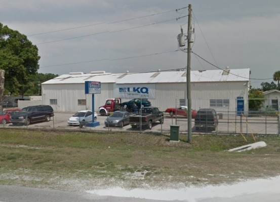 LKQ Daytona Florida click like if you ever been to the junk yard