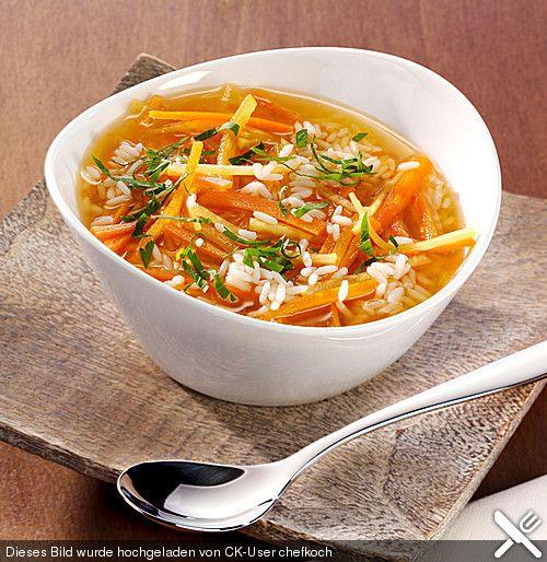 Gemüsebrühe mit Reis- und Gemüseeinlage, ein schmackhaftes Rezept aus der Kategorie Kochen. Bewertungen: 2. Durchschnitt: Ø 3,5.