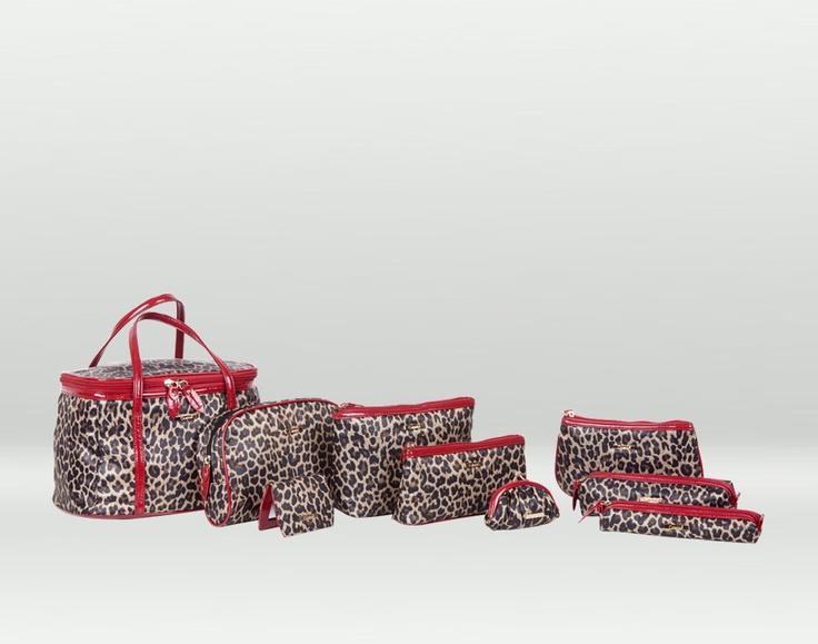 Set borse e pochette da viaggio leopardato - perché tutte le donne dovrebbero possedere almeno un piccolo oggetto maculato!