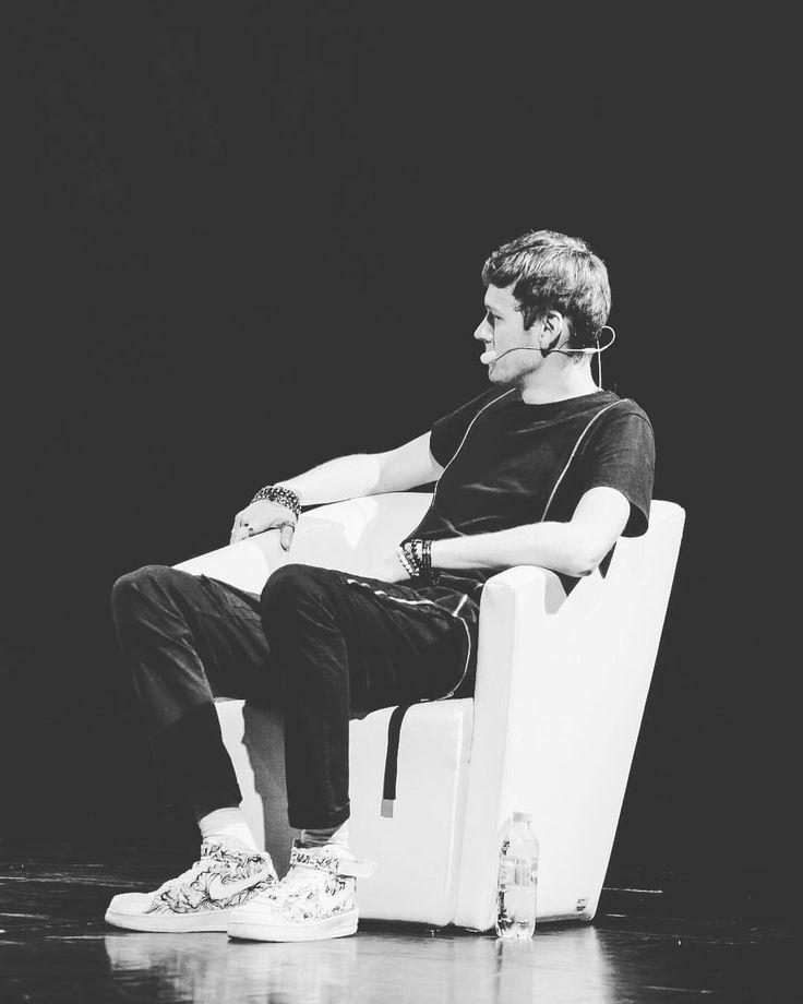 Фото Антон Шастун в Instagram • 14 августа 2017 г. в 13:30