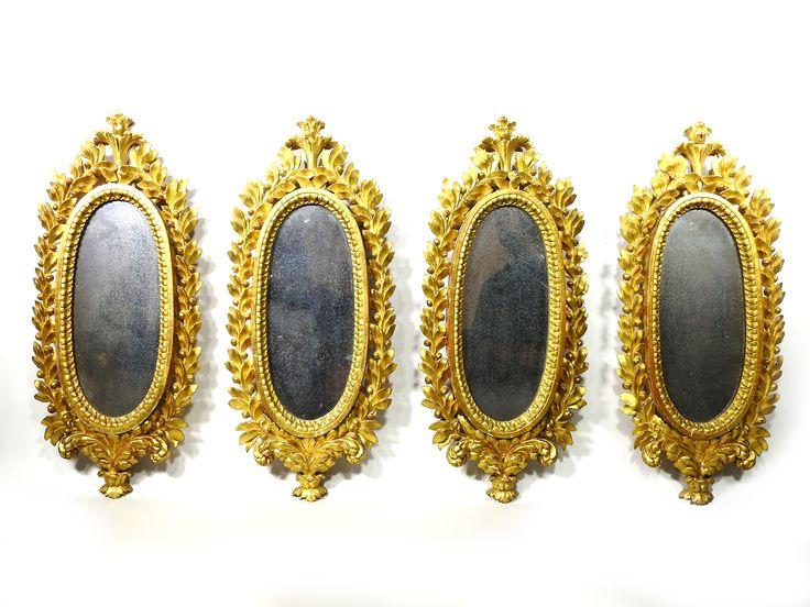 Lot : fine del XVIII secolo  - Serie di quattro ventole in legno intagliato e dorato  -[...]   Dans la vente Furniture and Curiosities à Maison Bibelot