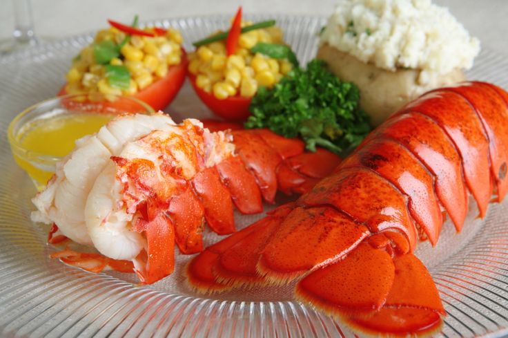 how long to cook maine lobster
