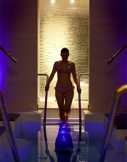 The Lifehouse Spa, The Manser Practice #pool #public #reflection #colourful #colorful #inside #internal #spa #hotel #therapy #relaxing #relax