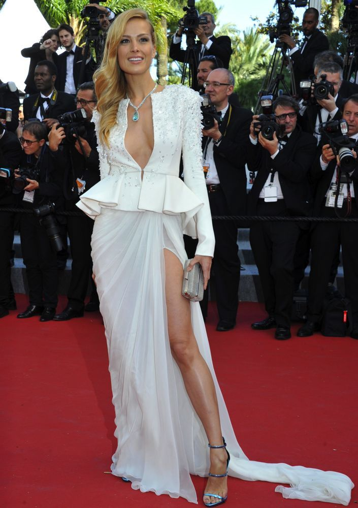 The 20 Most Risque Outfits in Red Carpet History - 12thBlog