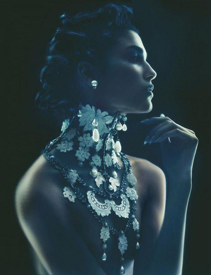 Nick Knight - Teresa Lourenco - designer Christian Dior