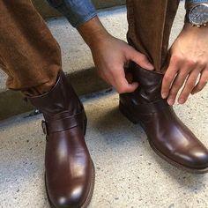Frye schoenen heren Phillip Harness bruin - Boots for men in Brown. International shipping -> free shipping in Europe. https://www.boeties.nl/frye-schoenen-heren-phillip-harness-bruin