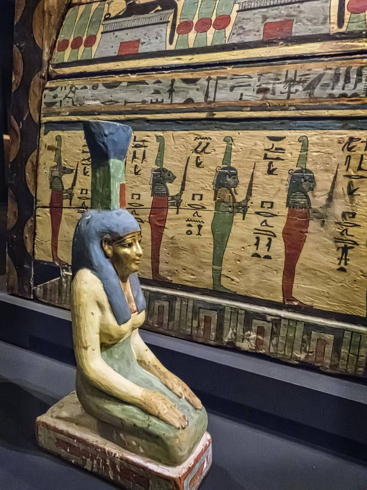 Guardian statue of Nephthys, sister of Osiris, mourning the deceased Meret-it-es Egyptian 30th Dynasty to early Ptolemaic Dynasty 380-250 BCE | Photographed at the Nelson-Atkins Museum of Art, Kansas City, Missouri.