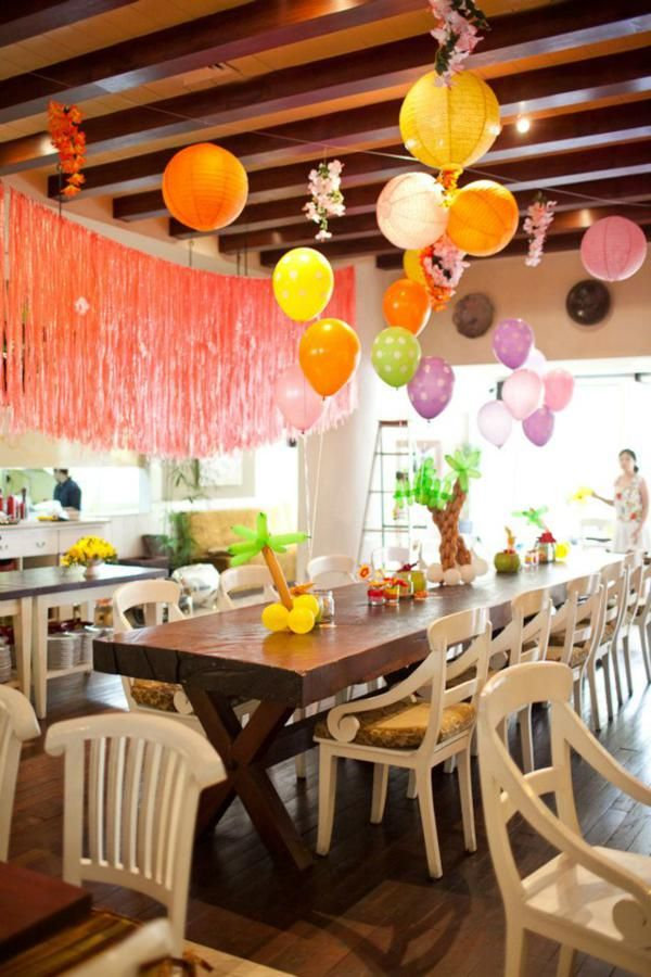 love the grass skirt hangings · Luau Birthday PartiesHawaiian ... & 95 best Hawaiian Luau/Pool Party images on Pinterest | Birthdays ...